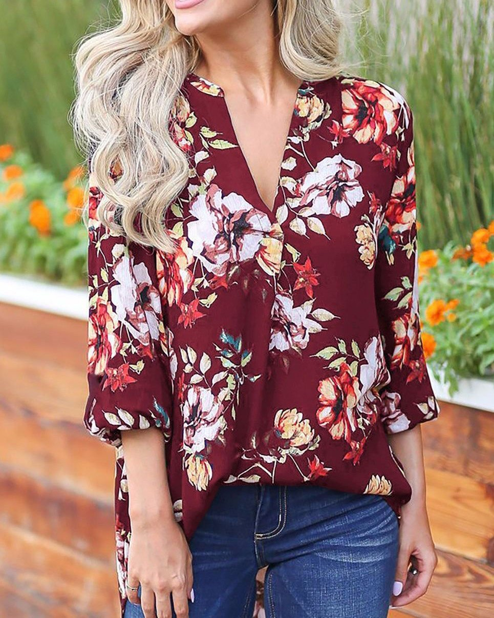 2019 New Chic Floral V-neck Seven-quarters Sleeve Loose T-shirt herhershoes