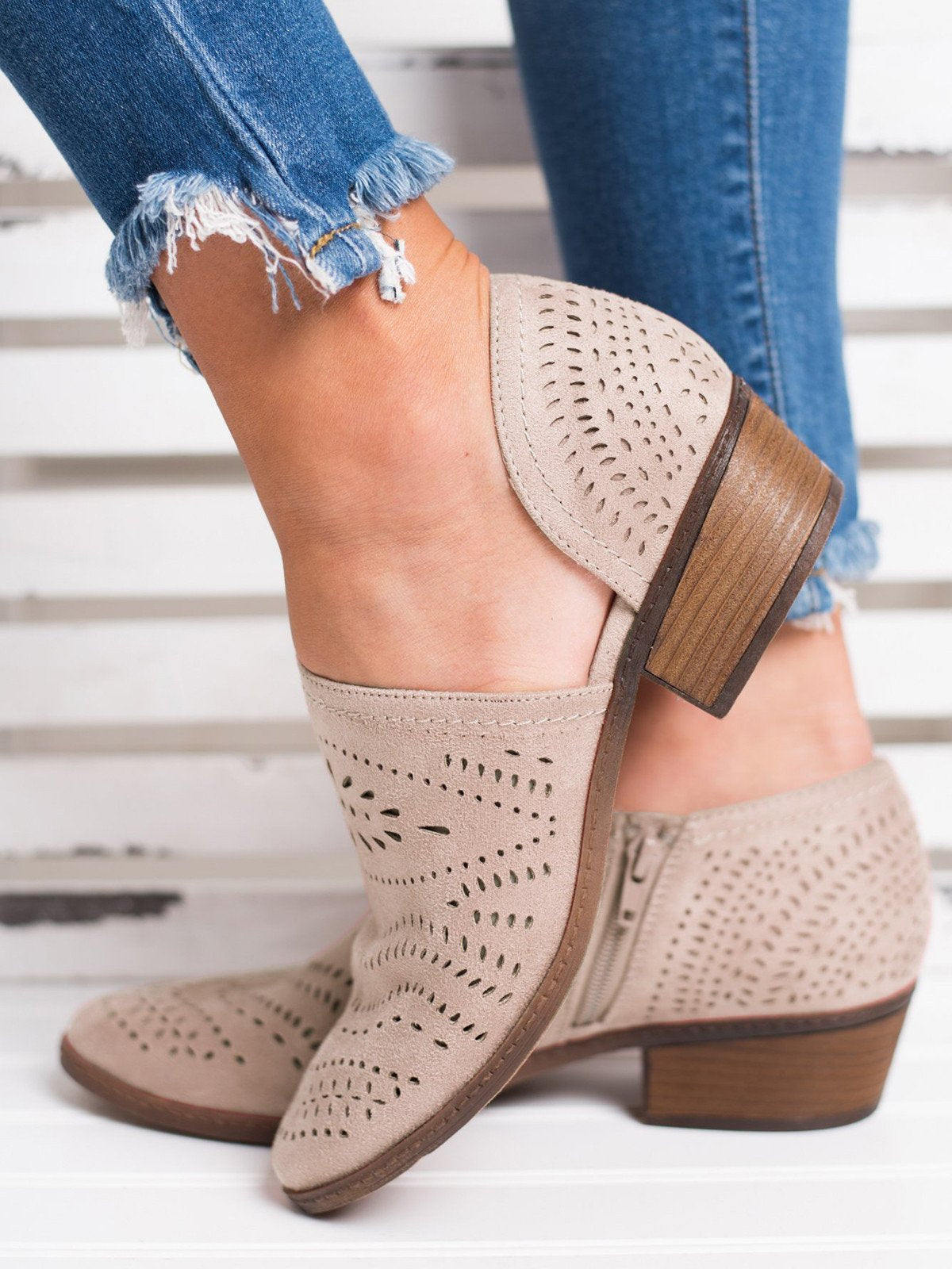 Hollow-out Low Heel Cutout Booties Faux Suede Zipper Ankle Boots herhershoes