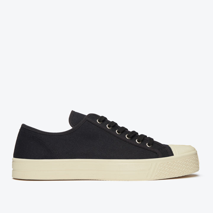 Military Low Top - Black / White