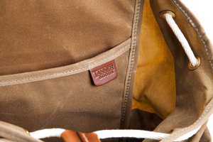 Voyager Daypack - Waxed Field Tan