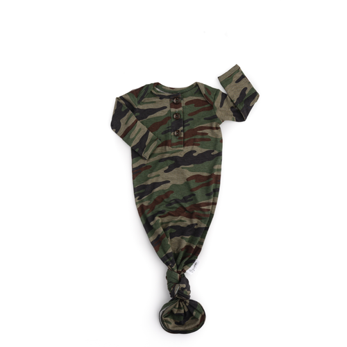 Camo knotted button newborn gown