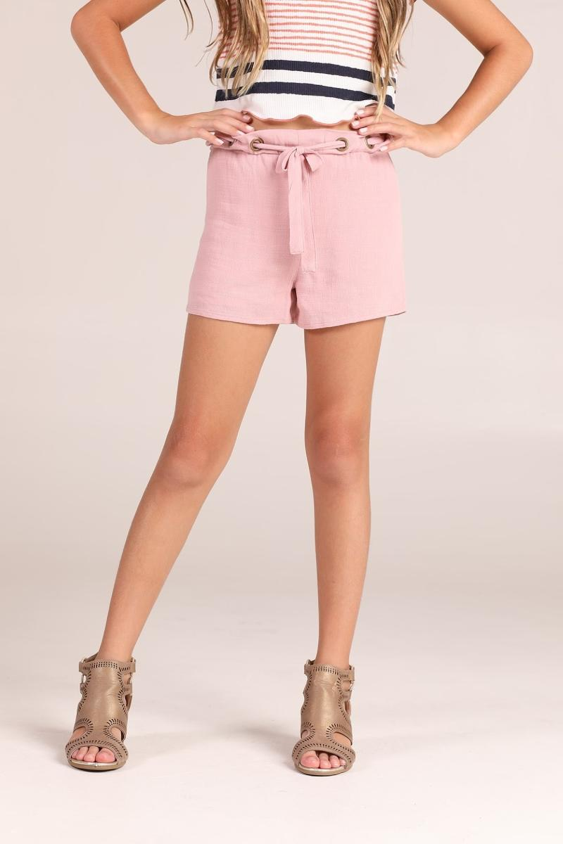 Dusty Pink Eyelet belt Shorts