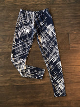 Load image into Gallery viewer, Maci Etched Legging