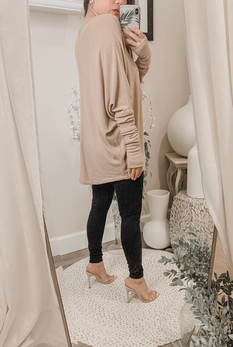 Sen Grace Oversized V-Neck Sweater