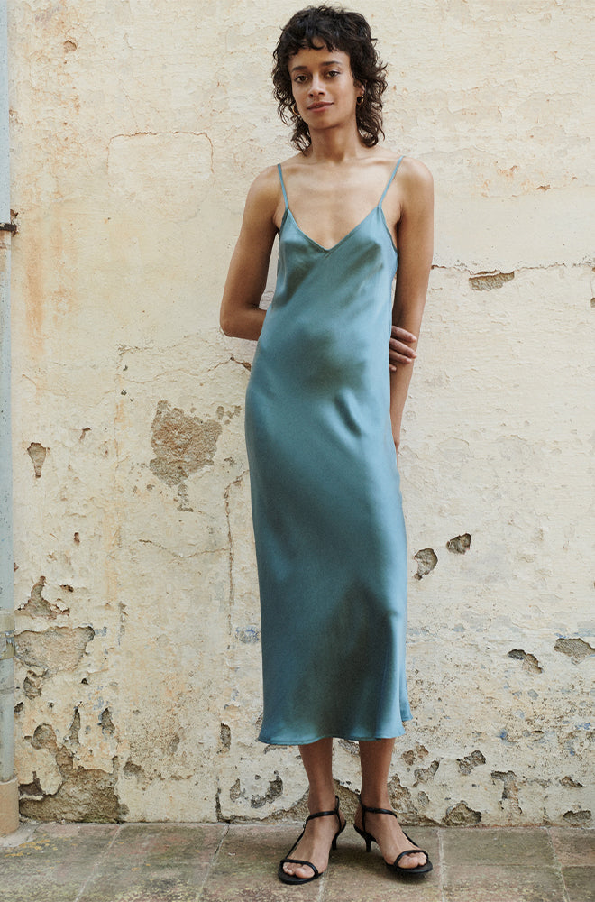 90S SILK SLIP DRESS SHARK GREY