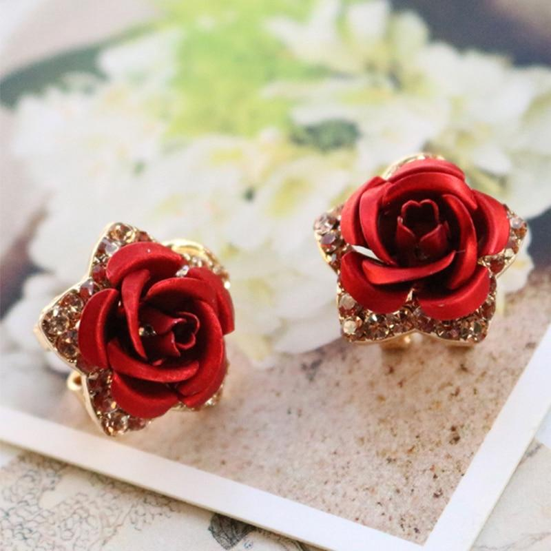 Rose Plate Crystal Flower Stud Earrings - SHOPPLEHUB