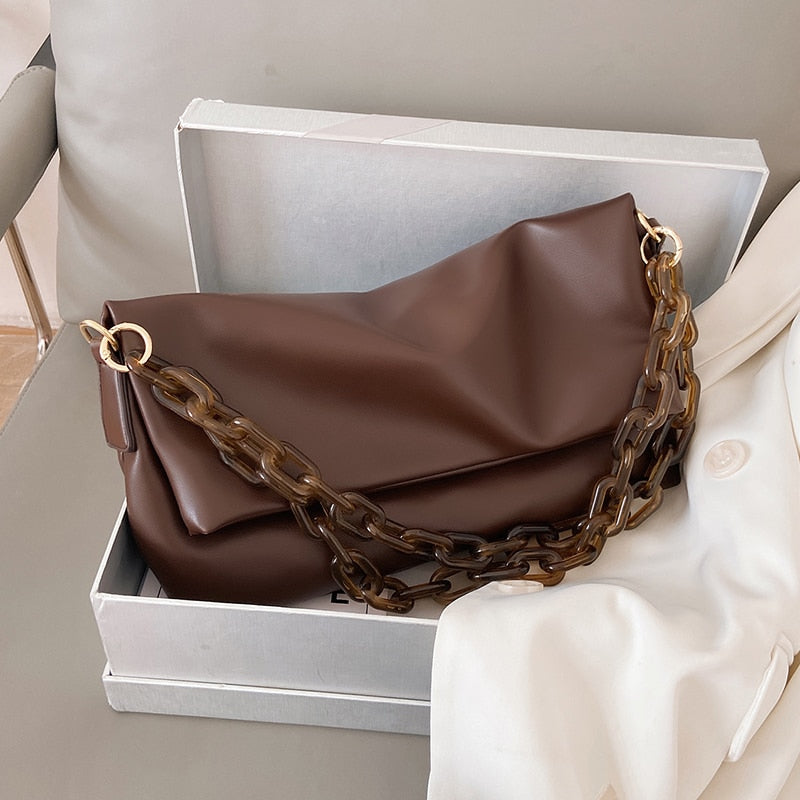 Thick Chain Strap Shoulder Bag