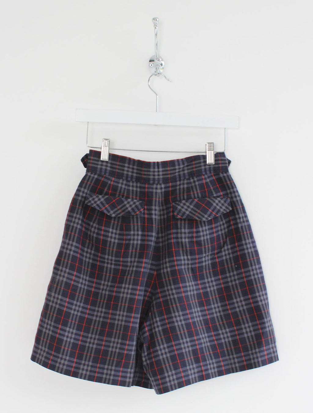 Women's Burberry High Waisted Pleat Shorts (S)