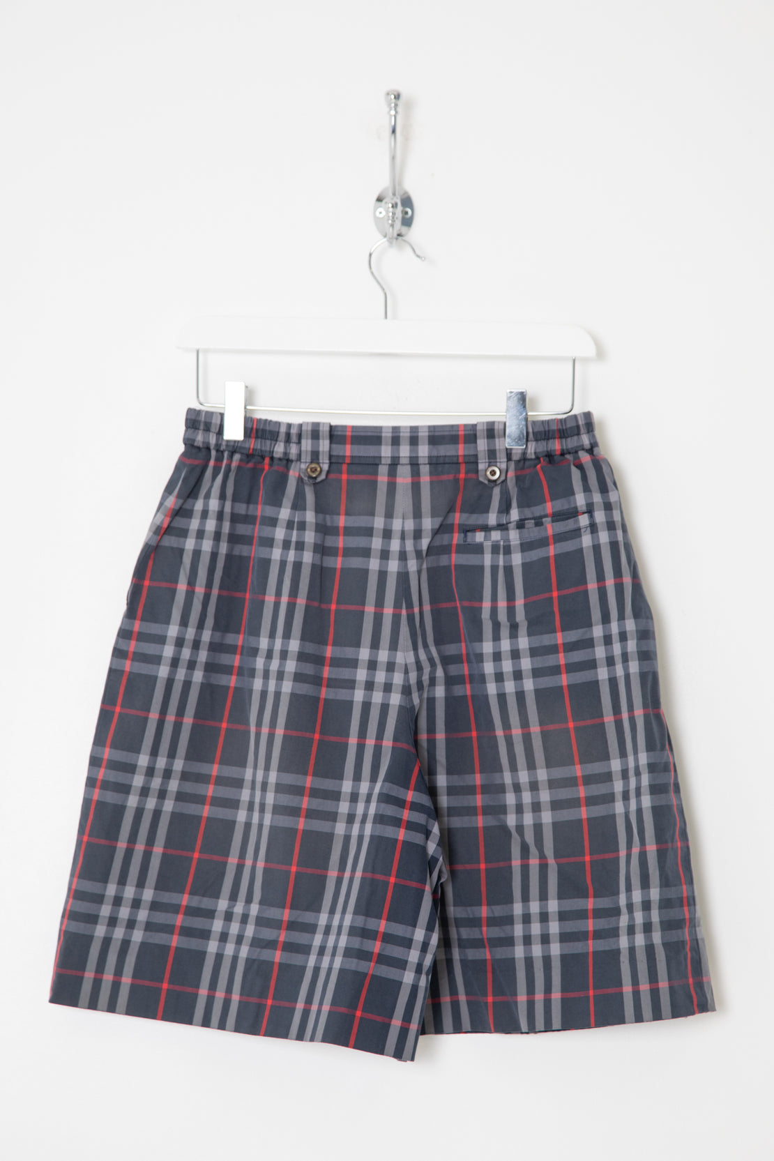 Women's Burberry High Waisted Shorts (W26)