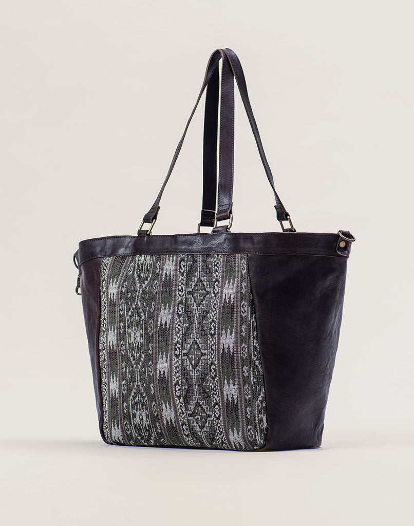 Side shot of Kilim Tote bag in Chocolate
