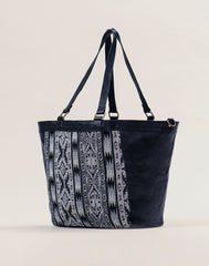 Side shot of Kilim Tote bag in Black