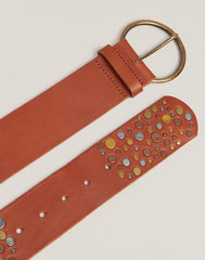 Buckle shot of Hammered Stud Belt in Cognac