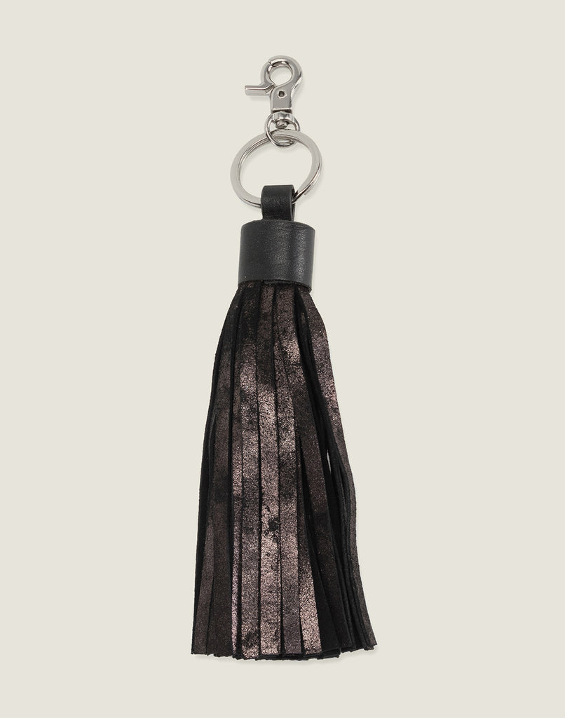 FRONT SHOT OF THE TASSEL KEYCHAIN IN BLACK