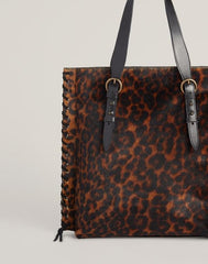 Side shot of Everyday Tote in Leopard