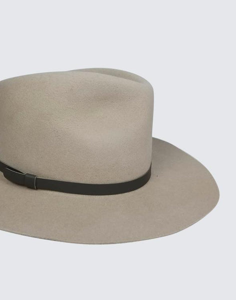 Side shot of Brady Everyday Hat in Beige