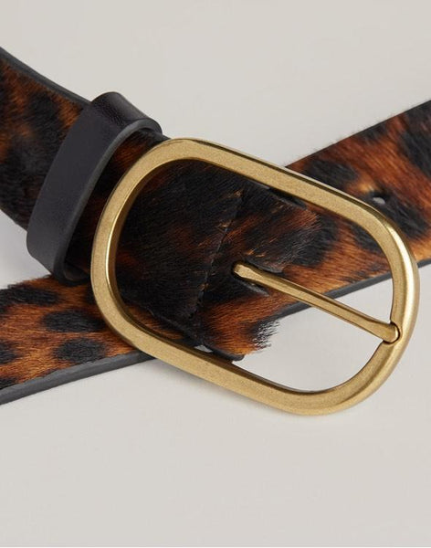 Front shot of Leopard Everday belt