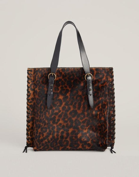 Front shot of Everyday Tote in Leopard