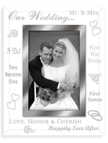 "Wedding Picture Frame Size: 4"" x 6"""