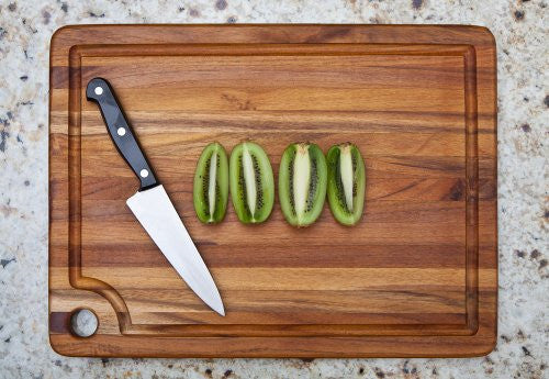RECTANGLE EDGE GRAIN CUTTING BOARD WITH CORNER HOLE AND JUICE GROOVE 18 X 14 X .75
