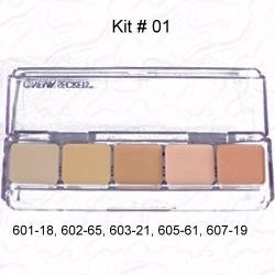 Cinema Secrets Ultimate Foundation Palette (Color: #01)