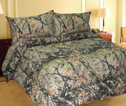 """The Woods"" Camo Licensed Comforter - Full/Queen Size"