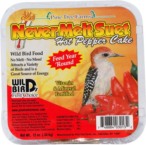 Pine Tree Never Melt Hot Pepper Suet Cake, 12 oz.