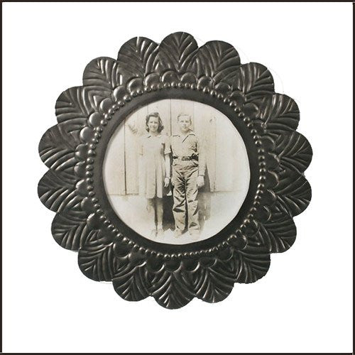 Round Tin Photo Frame