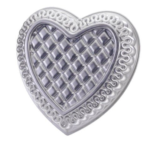 QUILTED HEART PAN