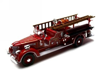 Signature Models - Packard Fire Engine L.F.D. (1939, 1/32 scale diecast model car, Red)