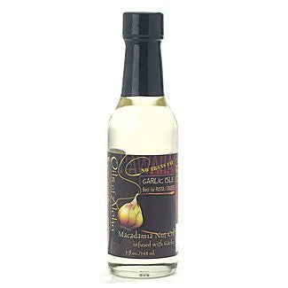 Garlic Isle Macadamia Oil (5 oz.)