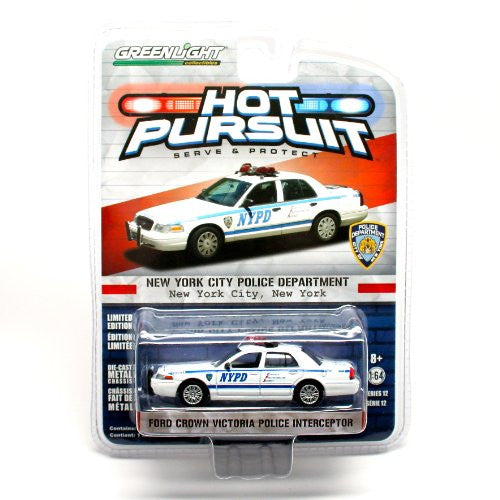 Greenlight Hot Pursuit Series 12 - Ford Crown Victoria Police NYPD (2008, 1/64 scale diecast model car, White)