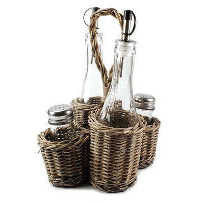 Two Oil Bottles/Salt/Pepper Shakers in Wicker Basket - See more at: http://blossombucket.com/two-oil-bottles-salt-pepper-shakers-in-wicker-basket#sthash.SjiQbD4j.dpuf