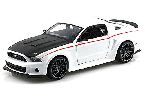 Maisto - Ford Mustang Street Racer Hard Top (2014, 1/24 scale diecast model car, White)