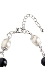 Load image into Gallery viewer, Pearl and Crystal Bracelet