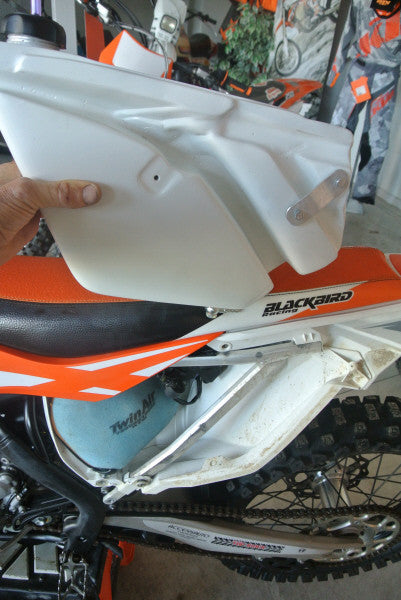 5L rear tank, 2017-2018 KTM 450/500 EXC by Dottori | Rally Moto Shop