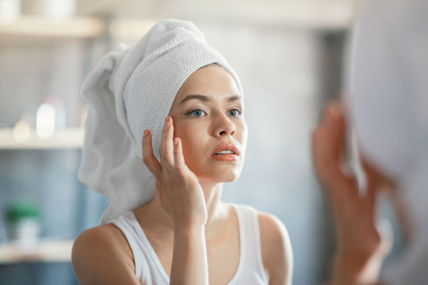 6 Skincare Ingredients That Fade Dark Spots - Fast!