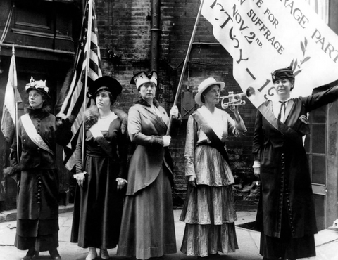 Suffragettes in black and white
