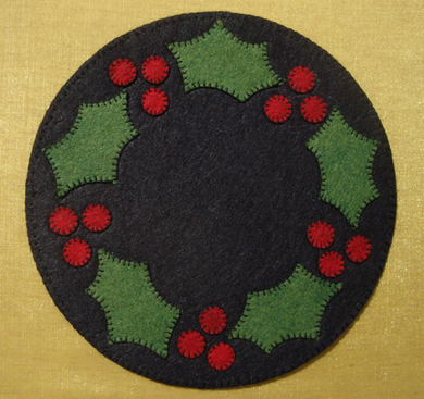 Holly Candle Mat