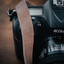Load image into Gallery viewer, Leather Thin | My Camera Strap