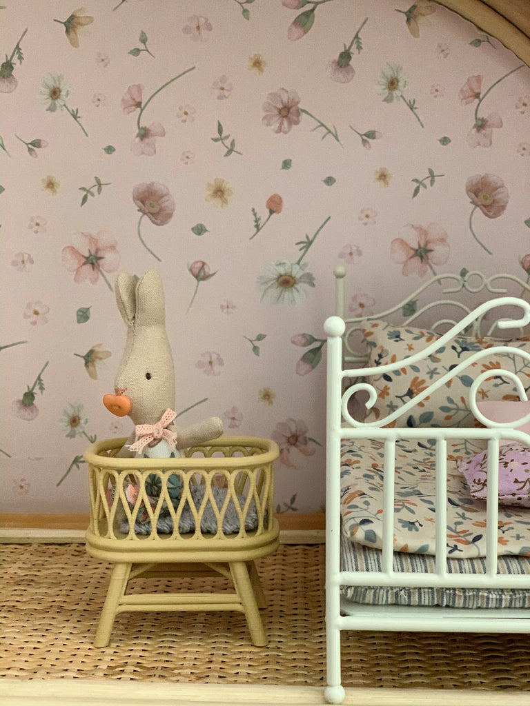 little-rattan-bassinet-Calevie-Designer