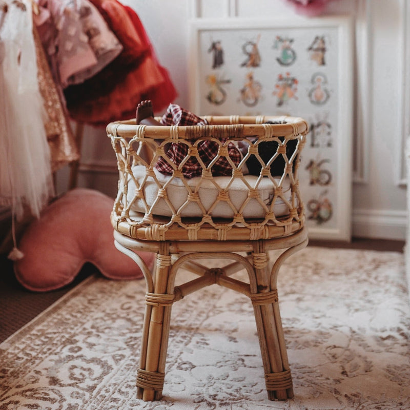 Tiny Harlow Rattan Doll's Bassinet with Miniland doll