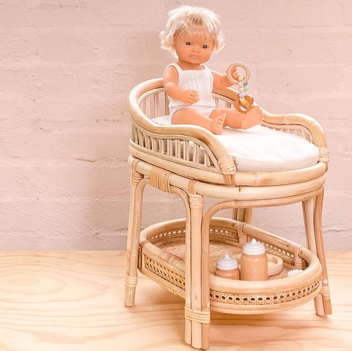 Tiny Harlow Doll's Change Table