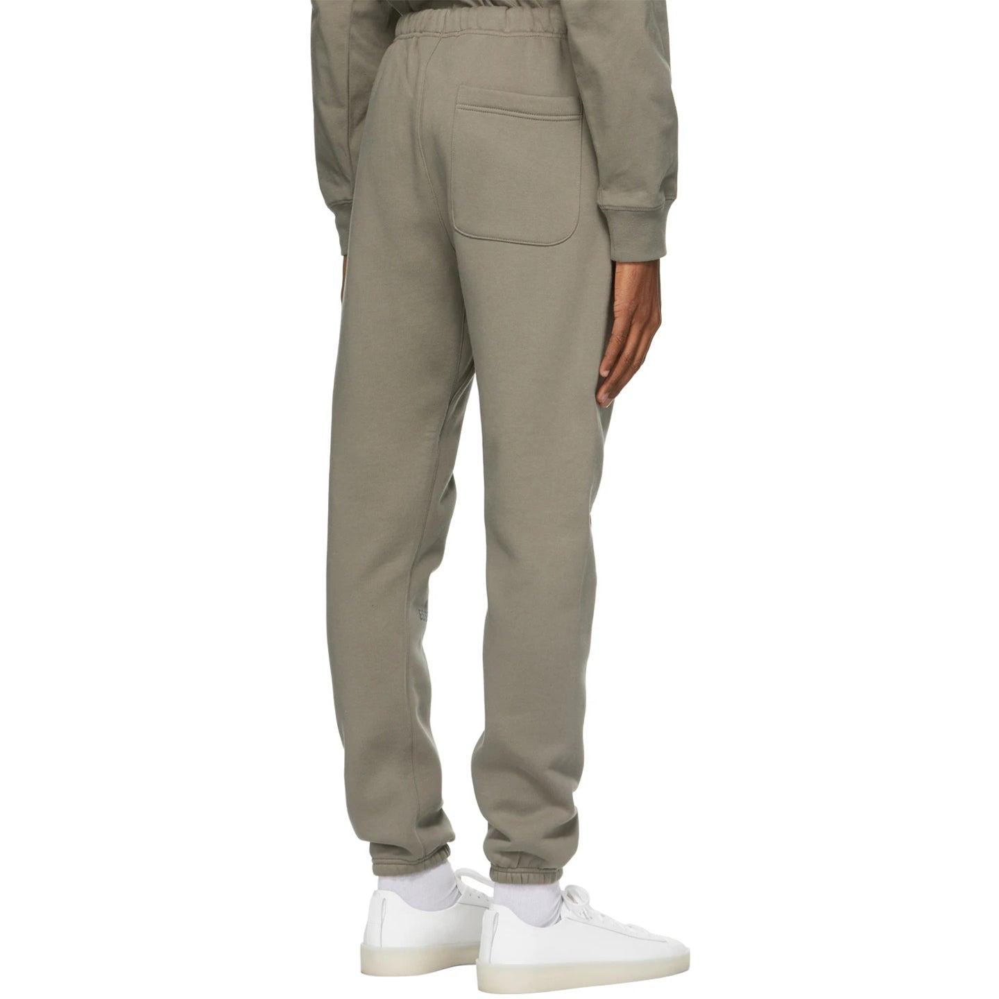 FEAR OF GOD ESSENTIALS SWEATPANT CEMENT