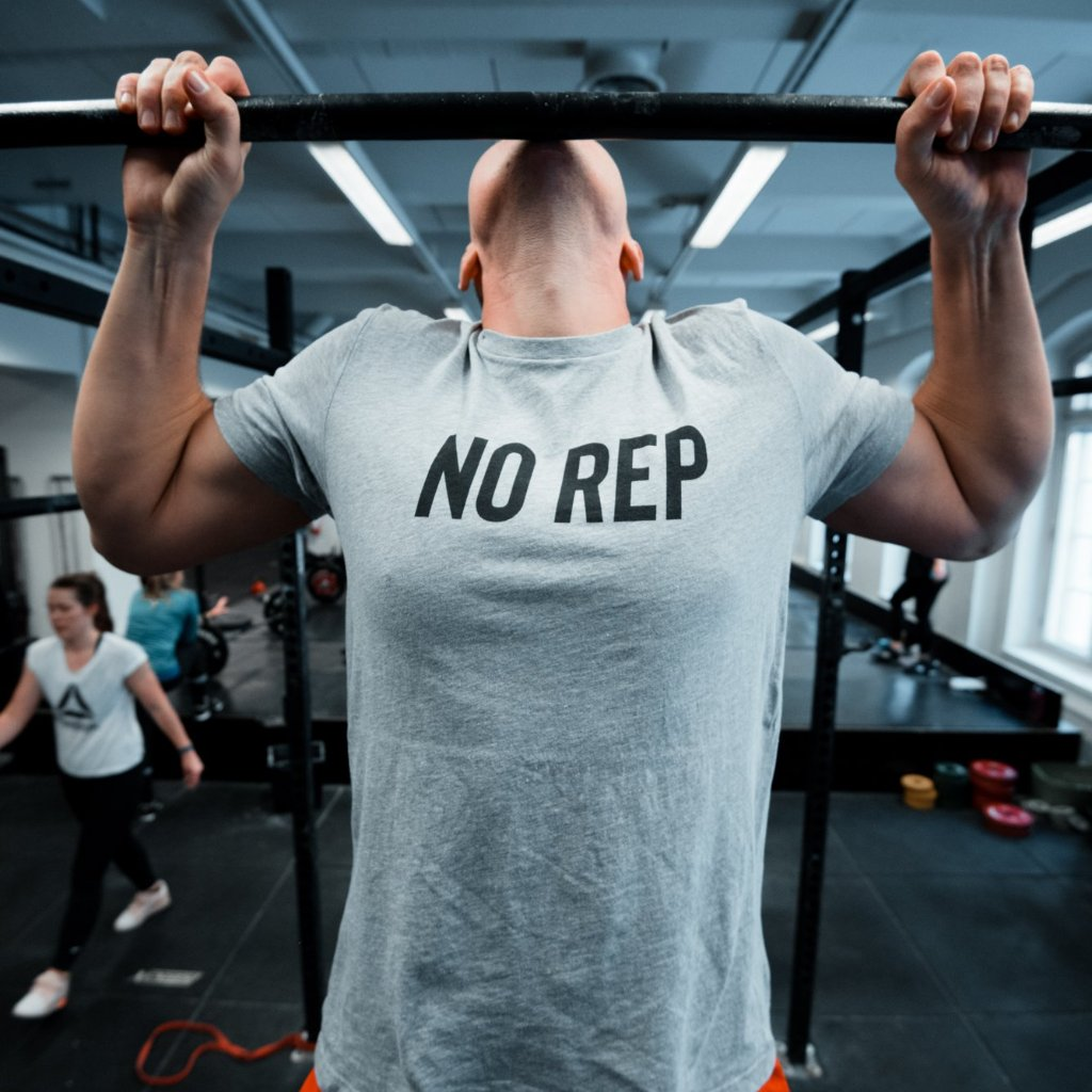 No Rep Grey Men's T-Shirt Grey-Dumb & Dumbbell