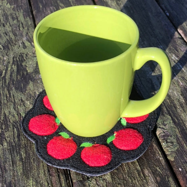 ITH apple mug rug applique embroidery design, Candle mat