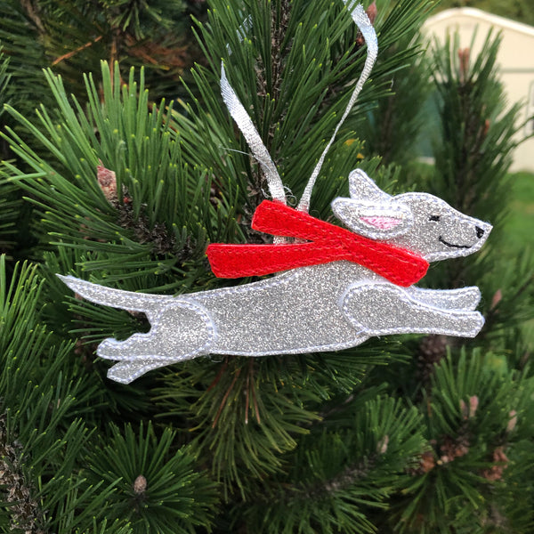 In the hoop Dachshund Ornament Embroidery Design by snugglepuppyapplique.com