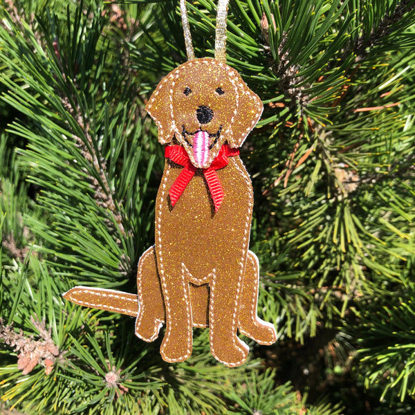 In the hoop Golden Retriever Christmas Ornament  Embroidery Deisgn by Snugglepuppyapplique.com