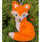 Fox ornament embroidery design made ITH