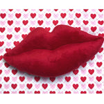 ITH Lips Pillow Embroidery Design, snugglepuppyapplique.com