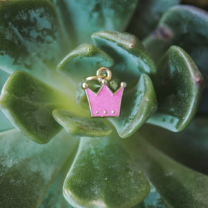 Pink Pendant Crown